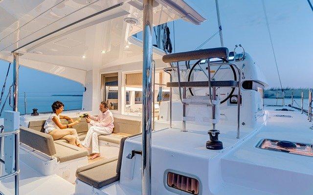 ZunZun Sailing Adventures Catamaran Spa Cockpit Dining