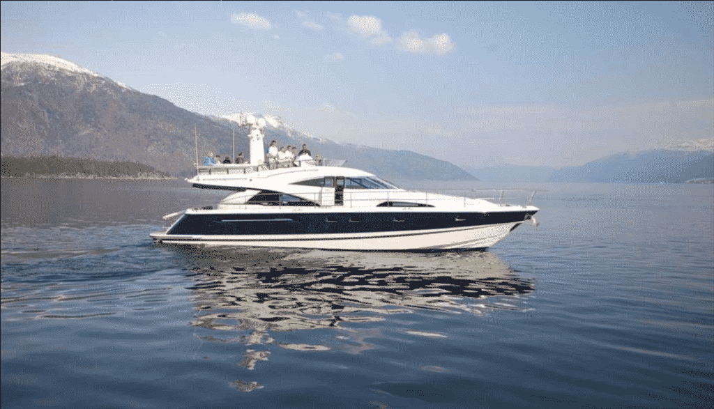 A Quick Guide on Charter Yacht with Spa